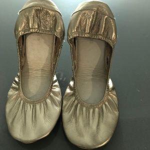 womens gold leather ballerina flats